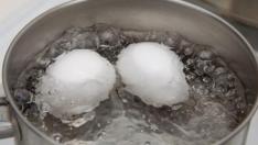 Vitamini Suyunda: Haşladığınız Yumurtanın Suyunu Sakın Dökmeyin!