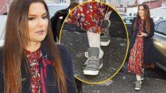 Daha önce 30 bin liralık çizmesi çok konuşulmuştu Bu defa da Çorabı Olay Oldu Bir çift çorap 5 bin lira