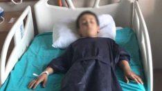 İngilizce öğretmeninin uçan tekme attığı çocuk hastaneye kaldırıldı