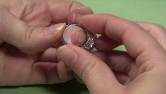 Bit Pazarından Aldığı Yüzüğün Değerini 30 Yıl Sonra Öğrenince Hayatının Şokunu Yaşadı