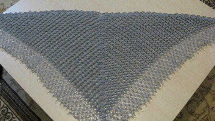 üçgen su damlalı şal modeli