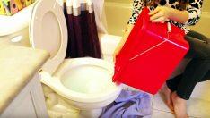 Tuvaletiniz Tıkandı Ve Evde Pompa Yok Mu? Hemen Bunu Yapın