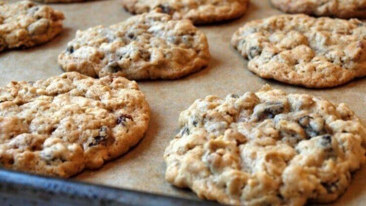 Sadece Üç Malzemeyle Az Kalorili Kurabiye Yapıp Şeker Krizinizin Önüne Geçin